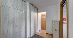 Aparatorii Patriei – 2 camere, decomandat, centrala proprie