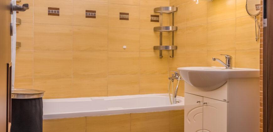 Rahova- Confort Urban- apartament 3 camere, semidecomandat